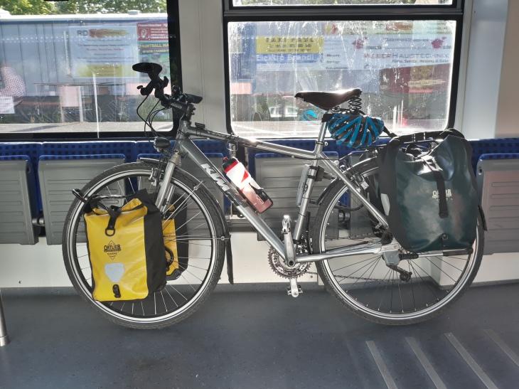 In der Bahn nach Limburg