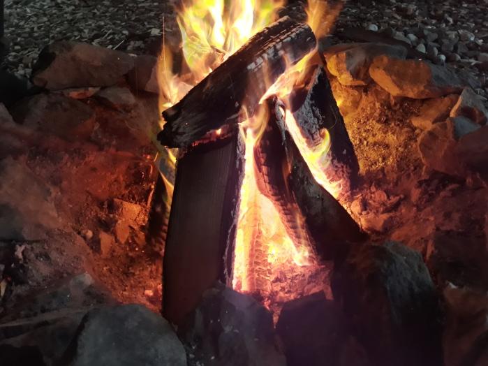 Ich liebe Lagerfeuer :-)